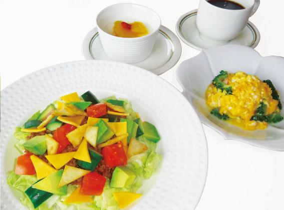 レディース&シニアDAY限定レディースランチ〈1日10食〉沖縄タコライス